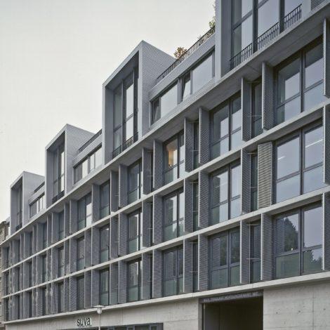 Wohn- und Geschäftshaus <br>SUVA Solothurn