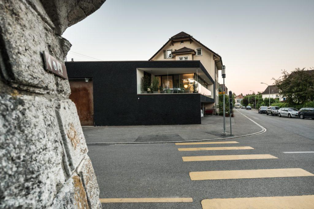 Werkhalle mit erweitertem Wohnraum<br>Solothurn